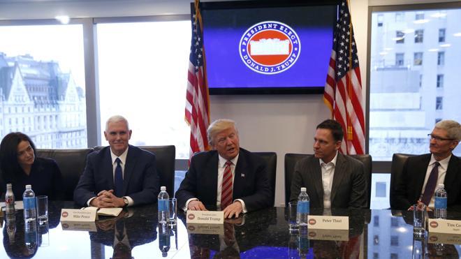 Trump se reúne con la cúpula de Silicon Valley