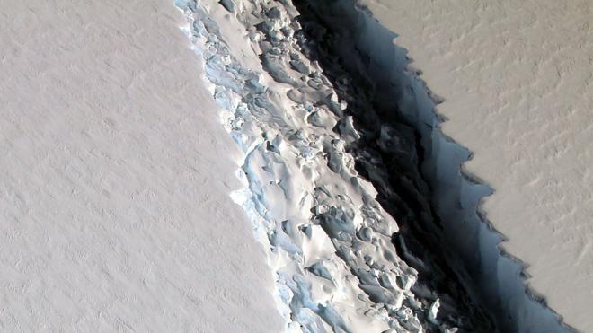 Los científicos estiman que un iceberg de la Antártida puede desprenderse