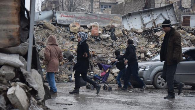 Alepo resucita entre las ruinas