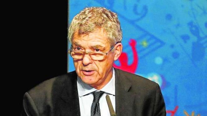 Villar consigue que el juez investigue también a su rival en las elecciones
