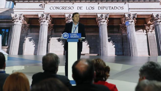 Hernando afirma que en Podemos «están a botellazo limpio y dispuestos a sacrificar a un niño»