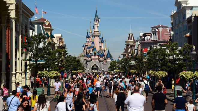 Disneyland París contribuyó en sus 25 años al 6,2% de los ingresos turísticos de Francia