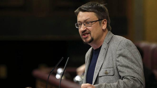 Domènech pide en la Eurocámara apoyo para un referéndum «con garantías»