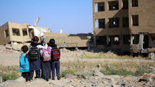 UNICEF denuncia la pobreza y el hambre de los niños de Yemen por la guerra