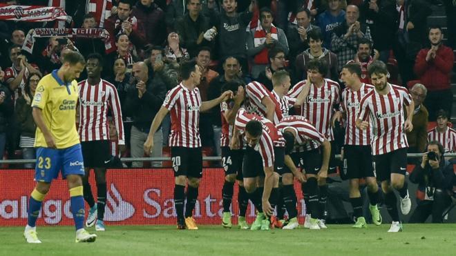 El Athletic atropella a Las Palmas y vuelve a dormir en Europa