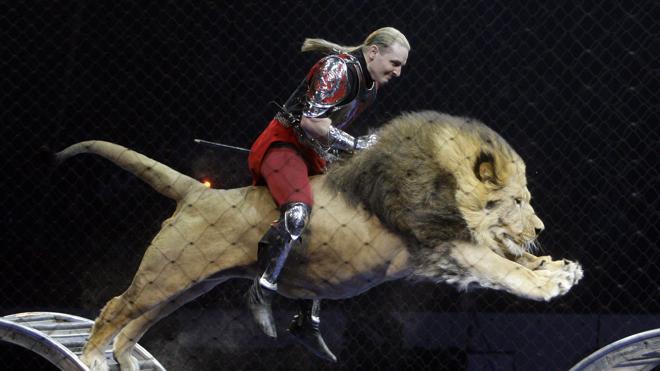 Un circo dona por primera vez sus animales y promete no reemplazarlos