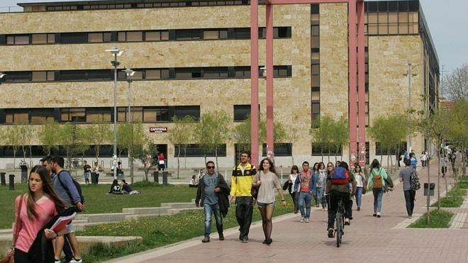 La Usal confía en recibir 2.000 alumnos en sus 72 cursos estivales aunque haya suspensiones