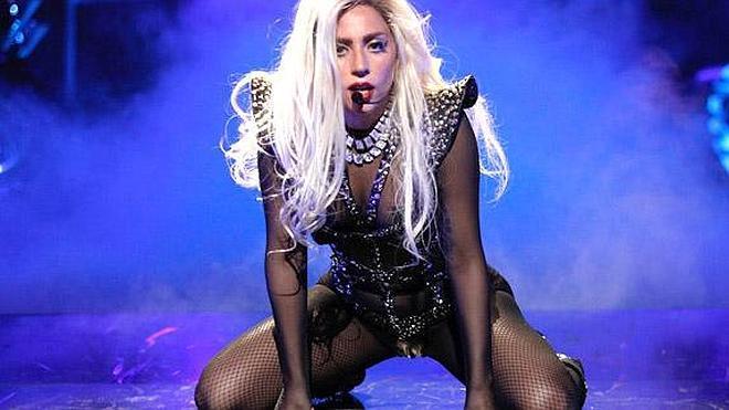 Una bronquitis deja fuera de juego a Lady Gaga