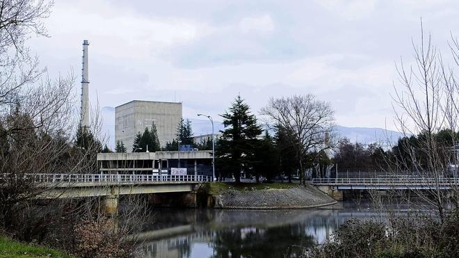 El PP reclama por primera vez en el Parlamento vasco el cierre de Garoña