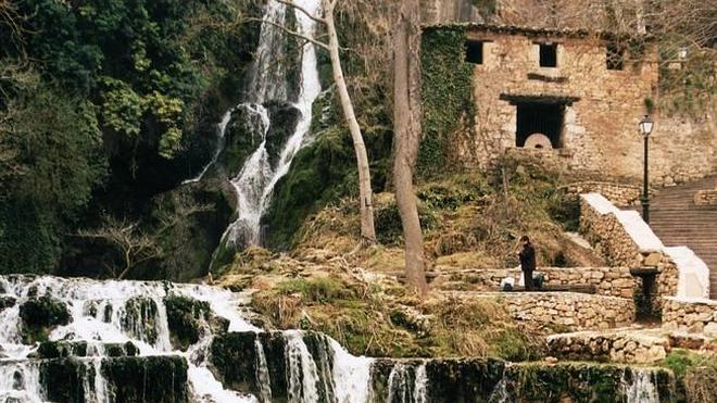La cascada de Orbaneja del Castillo, candidata al 'Mejor Rincón 2014' de la Guía Repsol