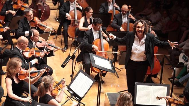 La OSCyL cierra temporada con una orgía sinfónica mahleriana
