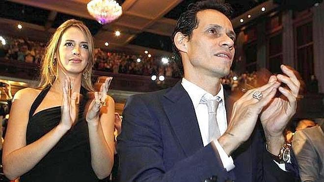 Marc Anthony se casa con la venezolana Shannon de Lima