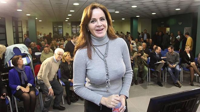 Clemente: «La Junta no se cruzará de brazos ante los planes de DIA de cerrar tiendas»