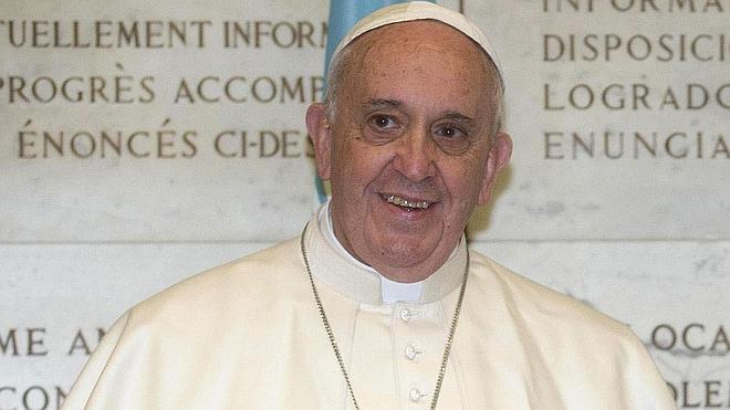 El Papa Francisco monta un rifa benéfica con los regalos que ha ido recibiendo