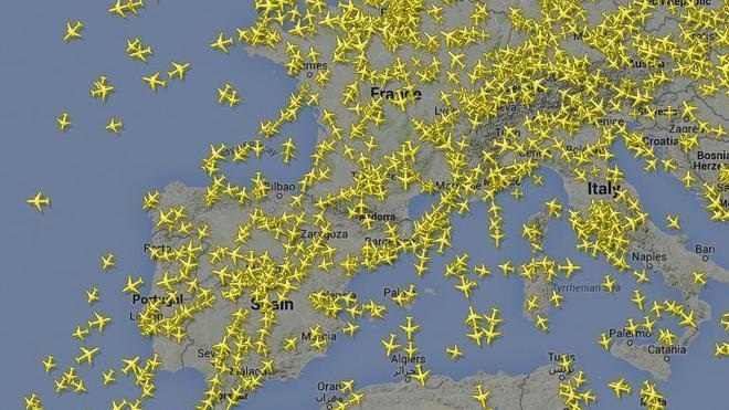 ¿Cómo 'cazar' un avión que nos sobrevuela?
