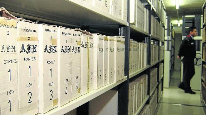 El PNV reclama la devolución alPaís Vasco de una ikurriña del Archivo de la Guerra Civil