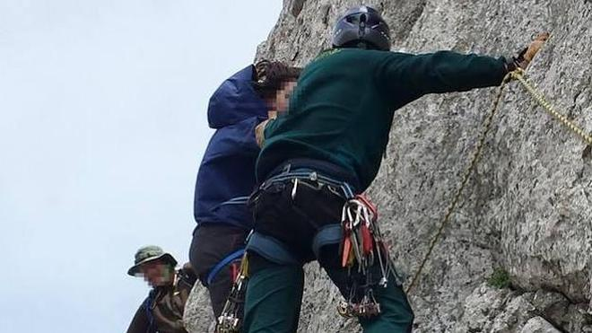 Tres rescatados en una zona montañosa de León, entre ellos una niña de 12 años