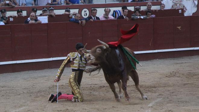 Ventura, El Juli y Talavante salen a hombros en una gran corrida en Arévalo