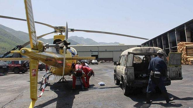 Angustioso rescate del minero leonés atrapado en su camión tras un derrumbe en el túnel de Cerredo