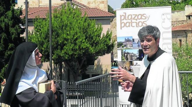 El flamenco llama al turista