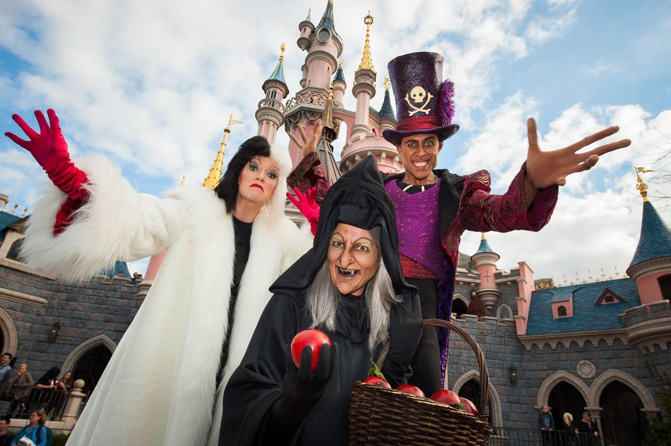 Maléfica y una colección de divertidos fantasmas conquistan Disneyland Paris por Halloween