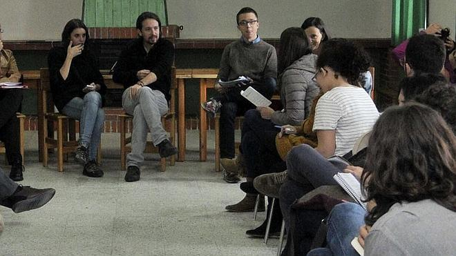 Pablo Iglesias diseña en el Real Sitio la campaña de Podemos para el 20-D
