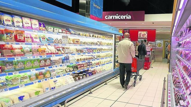 Los supermercados locales son un 20% más caros que el más barato de España