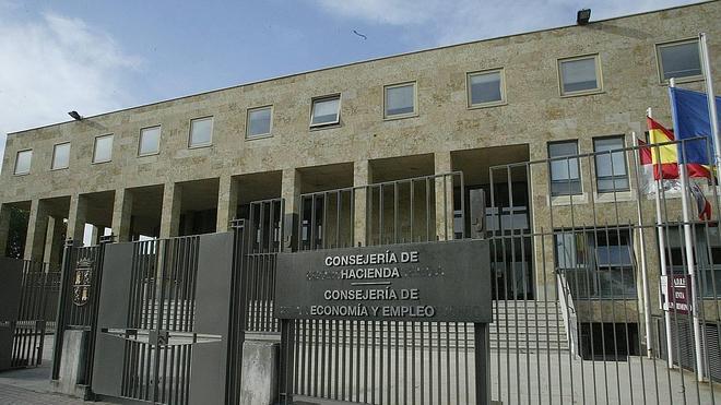 Heredar de padres, hijos o cónyuges saldrá más barato en Castilla y León