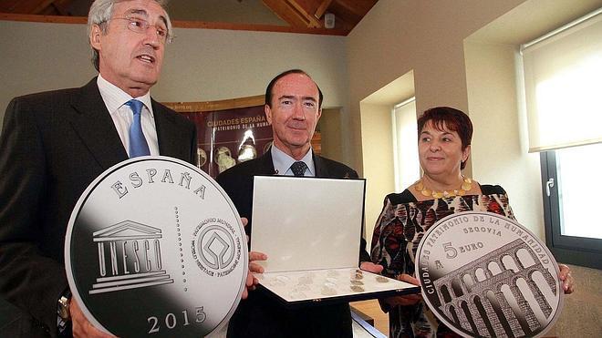 La FNMT presenta en Segovia la colección de monedas de las Ciudades Patrimonio
