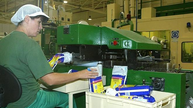 Ontex premia a la planta de Segovia con dos millones para reforzar su competitividad