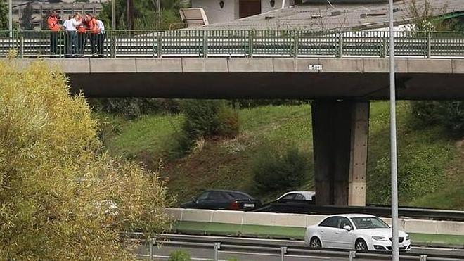 Imputado en Vizcaya por conducir mientras le hacían una felación