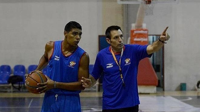 Nacho Lezcano deja el Toros de Aragua y regresa a España