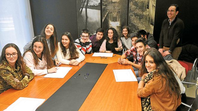 Alumnos del IES Jiménez Lozano exploran la tecnología de Tecopy