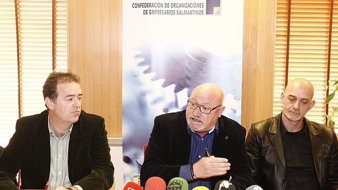 El Ayuntamiento anuncia que llamará al Diálogo Social tras el enésimo aviso de sindicatos y patronal