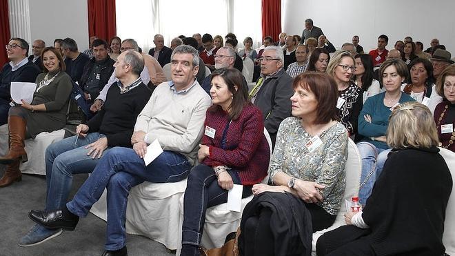 El PSOE de Palencia ratifica su desafío a Pedro Sánchez
