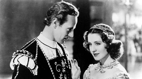 Norman Shearer y Leslie Howard, en 'Romeo y Julieta'. /