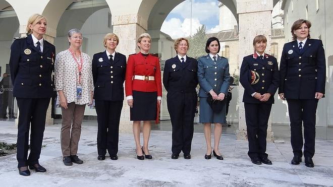 Reconocimiento a las mujeres policías en Valladolid
