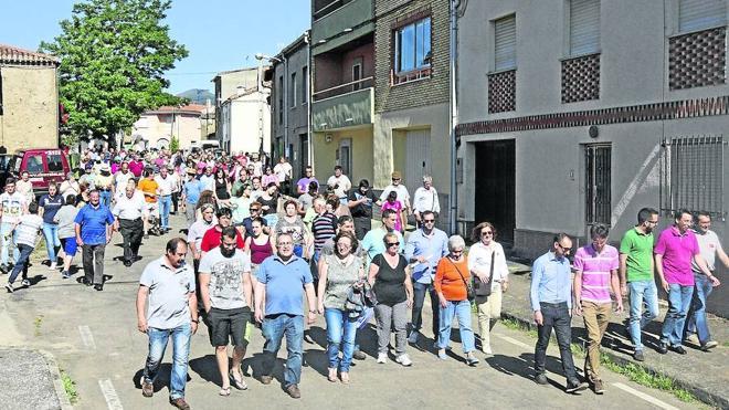 350 personas piden el arreglo de la carretera de Serradilla a Monsagro