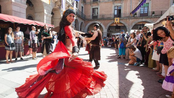 El medievo toma Ávila en multitudinarias jornadas que aspiran reconocimiento
