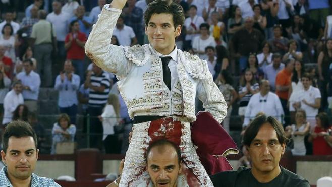 El Fandi y Garrido salen a hombros para cerrar a los grande la Feria de Valladolid