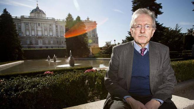 El historiador Juan Pablo Fusi, este lunes en el Aula de Cultura