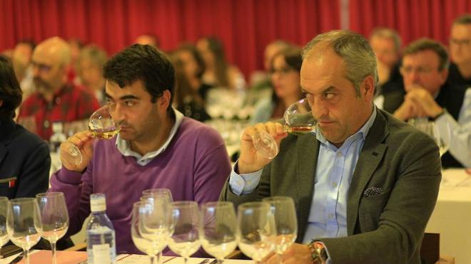 Peñafiel marida ocho vinos de siete países con deliciosos platos de calidad