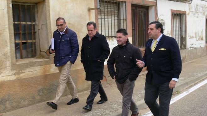 Mejoras en la carretera que transcurre por Villafrechós, Morales de Campos y Tordehumos