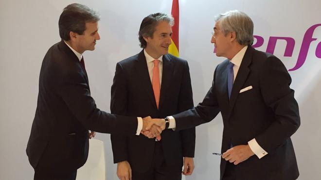 Renfe firma un acuerdo para promover Ávila como destino turístico y cultural