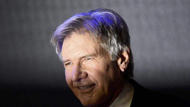 Harrison Ford, investigado por sobrevolar con su avioneta por encima de un avión de pasajeros