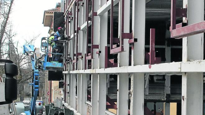 Los convenios colectivos pendientes mantienen en vilo a 10.344 trabajadores segovianos