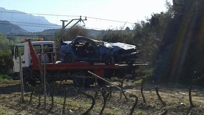 Muere un joven de Miranda de Ebro al salirse de la calzada y volcar el vehículo en el que viajaba