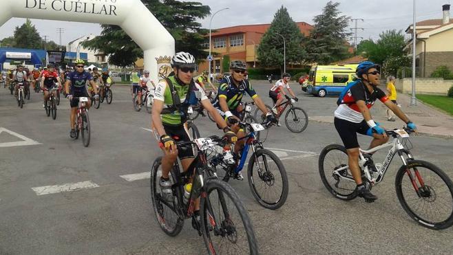 Más de 160 ciclistas aceptan el Desafío de las dos Villas entre Cuéllar y Fuentidueña
